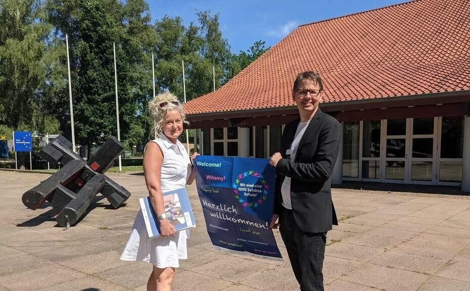 werden in den nächsten Wochen am Programm 1000 Schätze gemeinsam arbeiten': Katja Siebels GS Brinkum und Patrick Ehnis- release